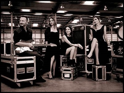 the corrs 2015-400x
