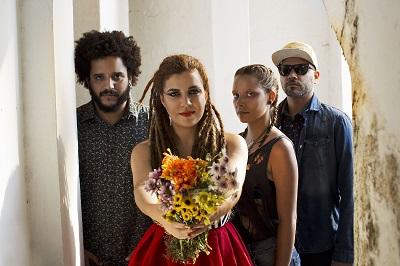 Canto Cego - flores - Por Daniel Seabra-400x