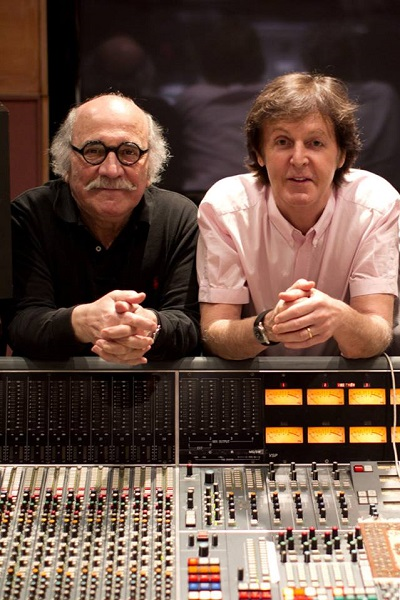 tommy lipuma e paul mccartney-400x