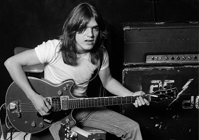 malcolm young ac dc-400x