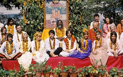 The-Beatles-in-India-photo-credit-Paul-Saltzman-TBIR_4x6_2_5-MB-400x