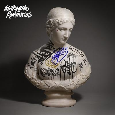 estranhos romanticos capa album 400x